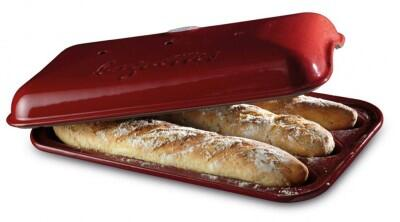 Emile Henry Baguette-Backform in granatapfel