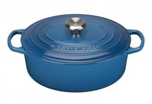 Le Creuset Bräter Signature oval in marseille